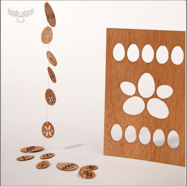 Holz-Postkarte Osterei-Girlande