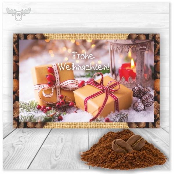 Weihnachtskarte und Instantkaffee in einem versenden