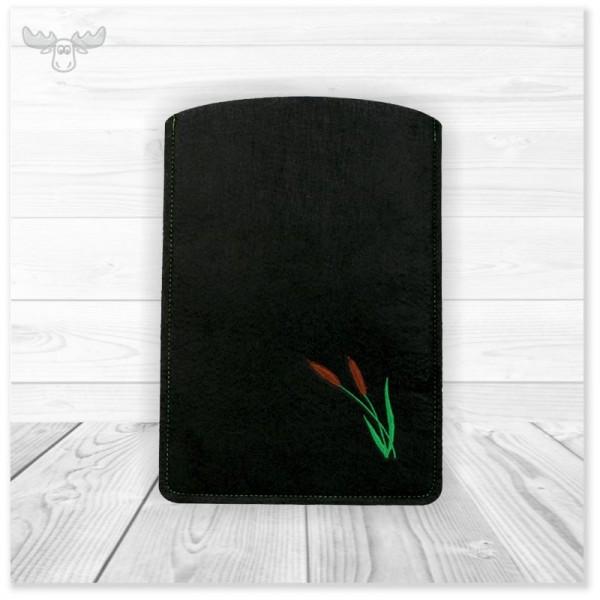 Tablet Tasche aus schwarzem Filz mit Stickerei. Modell TL26