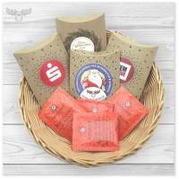 Tee-Geschenke Weihnachten mit Logoaufklebern und Teebeuteln